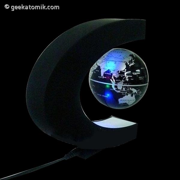 globe terrestre magique flottant l vitation geekatomik. Black Bedroom Furniture Sets. Home Design Ideas